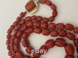 63.9 Gram Antique natural old pacific aka coral beads coral necklace Gold