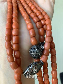 Antique Natural Coral Beads Necklace