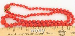 Fine Beautiful 18k Yellow Gold Clasp Red Oxblood Coral Graduated Bead Necklace