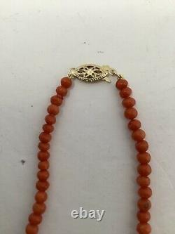 Red Coral Graduated Bead Necklace. 14k Yg Clasp. Antique. 21.7 Grams