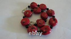 Red Coral Vintage And Black Stones Beads Necklace