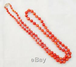VINTAGE 14K HAND KNOTTED NATURAL MOMO CORAL GRADUATED BEAD 27 INCH NECKLACE 29 g