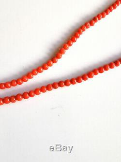 VINTAGE MINIMALIST HAND CARVED REAL NATURAL SALMON RED CORAL BEADS NECKLACE 8.5g