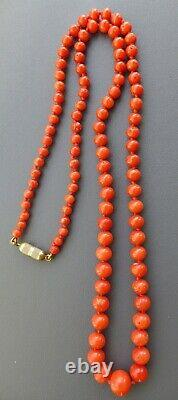 VINTAGE REAL CARVED RED CORAL BEAD LONG KNOTTED NECKLACE 24g
