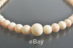 Vintage Angel Skin Natural CORAL Necklace, Graduated White with Pink beads 29 gr