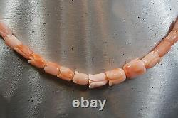 Vintage Hand Carved Natural Angel Skin Coral Graduated Beads Necklace 17,4 Gr